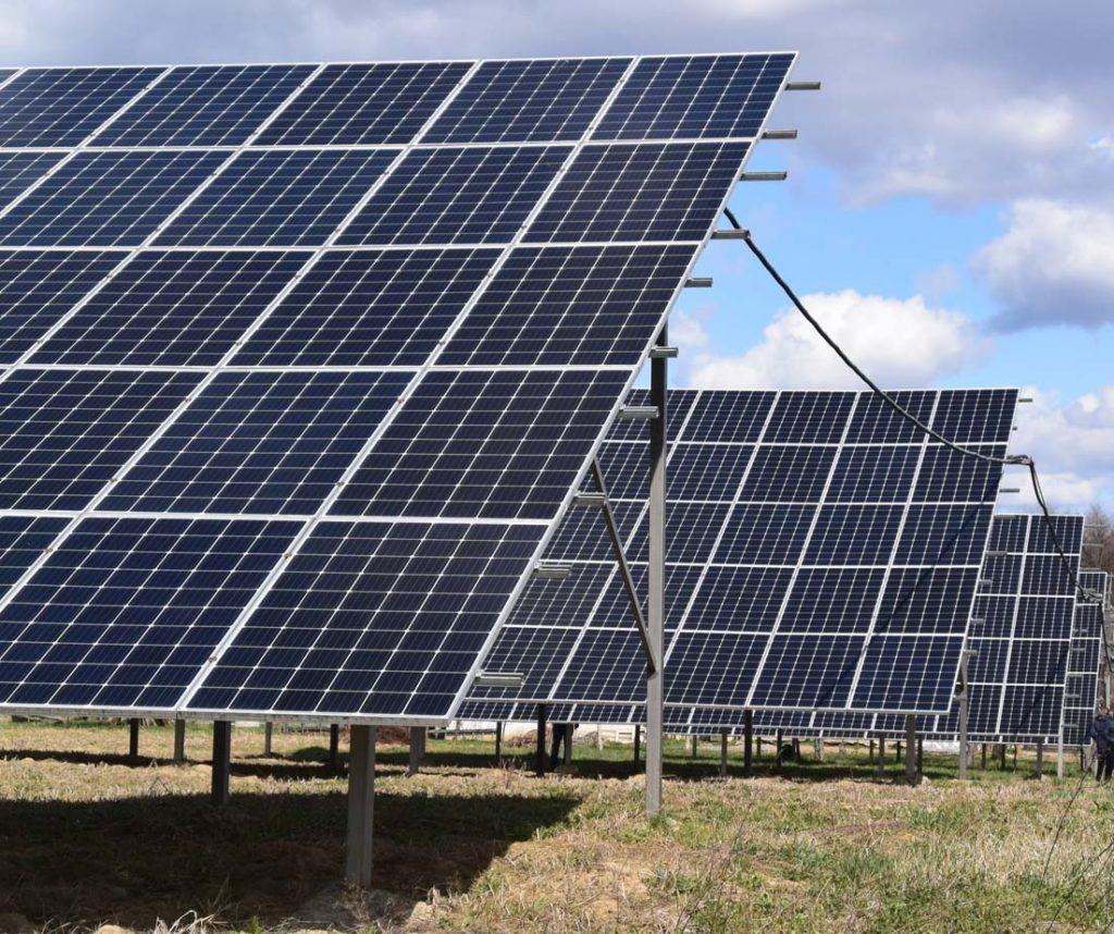 две солнечные станции